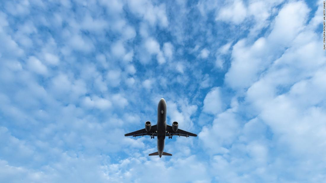 Modern aircraft ventilation systems aren't spreading viruses, DoD study suggests